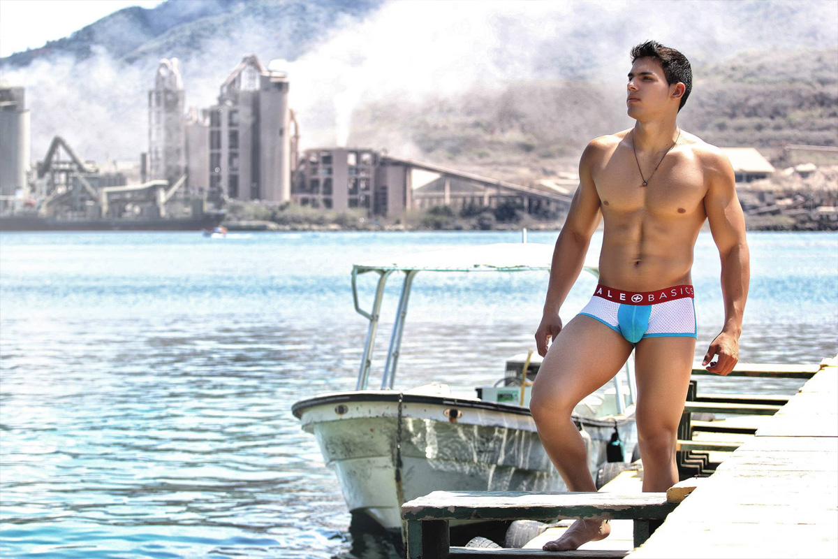 malebasics-underwear-14-05-005